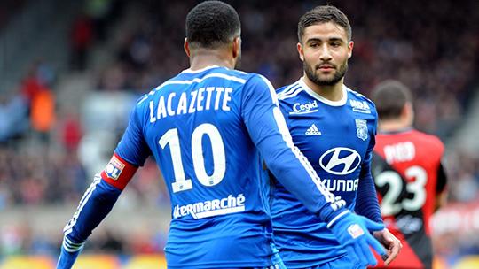 Лион без труда набрал очередные три очка, а Ляказетт забил 24-й гол