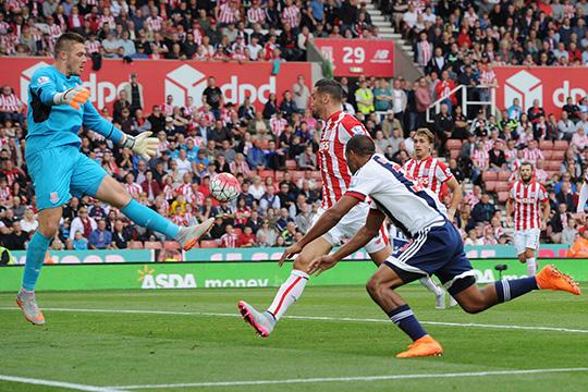 Вест Бромвич сподобился лишь на один гол при игре против 9 игроков Стоук Сити
